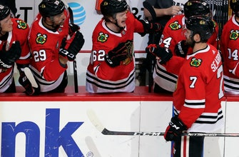 Blackhawks stop 8-game slide by topping Blues 1-0