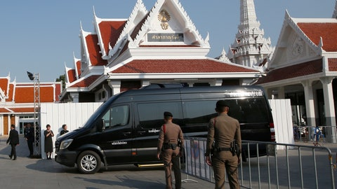 <p>               A hearse carrying the body of Thai billionaire and Leicester City owner Vichai Srivaddhanaprabha arrives at Debsirindrawas Temple in Bangkok, Thailand, Friday, Nov. 2, 2018. Vichai, who died when his helicopter crashed in a parking lot next to the soccer club's stadium. He was 60. (AP Photo/Sakchai Lalit)             </p>