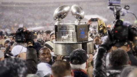 <p>               FILE- In this Dec. 9, 2017, file photo, Army's Ahmad Bradshaw holds up the Commander-in-Chief's Trophy after Army defeated Navy in an NCAA college football game in Philadelphia. It's been a year since Air Force lost the Commander-in-Chief's Trophy, and the Falcons want it back. Air Force has won the coveted hardware, which goes to the champion of the annual series among the three service academies, a record 20 times. (AP Photo/Matt Rourke, File)             </p>