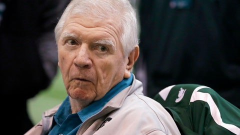 <p>               FILE - In this March 16, 2016, file photo, former Michigan State head football coach George Perles watches a Pro Day college football workout at Michigan State in East Lansing. In a statement Wednesday, Nov. 28, 2018, Perles resigned as a member of Michigan State University's governing board after nearly 12 years, citing his age and health. (AP Photo/Carlos Osorio, File)             </p>
