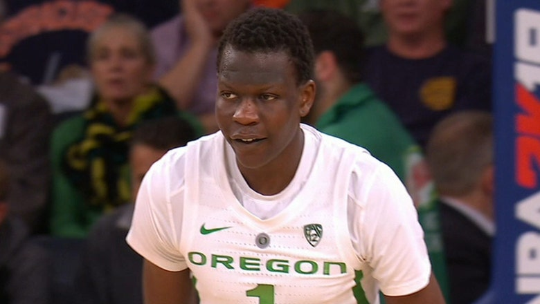 Bol Bol drops 26 points in No. 13 Oregon's beatdown of No. 15 Syracuse