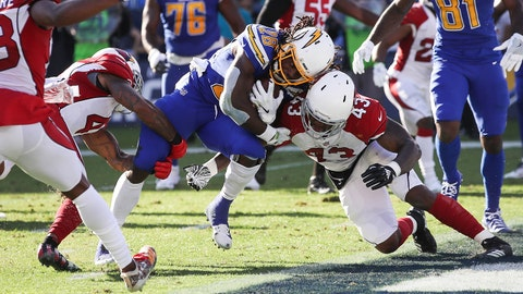 CARSON, CA - NOVEMBER 25: Running back Melvin Gordon #28 of the Los Angeles Chargers scores a touchdown in the second quarter against the Arizona Cardinals for a score of 20-10 at StubHub Center on November 25, 2018 in Carson, California. (Photo by Sean M. Haffey/Getty Images)