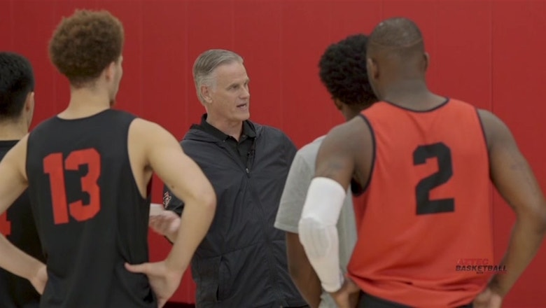 Brian Dutcher preaches respect and family at Aztec practice