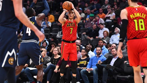 Nov 15, 2018; Denver, CO, USA; Atlanta Hawks guard Jeremy Lin (7) shoots in the fourth quarter against the Atlanta Hawks at the Pepsi Center. Mandatory Credit: Ron Chenoy-USA TODAY Sports