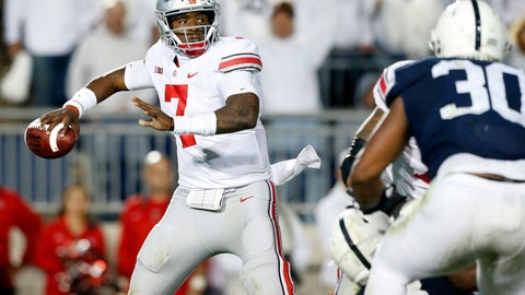 <p>               FILE - In this Saturday, Sept. 29, 2018 file photo, Ohio State quarterback Dwayne Haskins Jr. (7) throws a pass against Penn State during the second half of an NCAA college football game in State College, Pa. Last year's Ohio State hero has to try to beat Michigan again in The Game. Backup quarterback Dwayne Haskins Jr. entered the game in the third quarter because an injury to starter J.T. Barrett. Haskins sparked a touchdown drive and an eventual 31-20 win over the Wolverines in Ann Arbor. Now the starter, Haskins will lead the No. 10 Buckeyes against No. 4 Michigan on Saturday at Ohio Stadium. Ohio State enters the game in an unfamiliar position _ underdog. (AP Photo/Chris Knight, File)             </p>