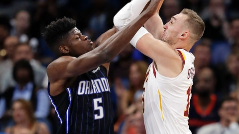 <p>               Orlando Magic's Mohamed Bamba (5) fouls Cleveland Cavaliers' Sam Dekker who goes up to shoot during the first half of an NBA basketball game, Monday, Nov. 5, 2018, in Orlando, Fla. (AP Photo/John Raoux)             </p>
