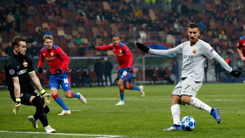 <p>               Roma midfielder Lorenzo Pellegrini, right, scores his side's second goal during a Group G Champions League soccer match between CSKA Moscow and Roma at the Luzhniki Stadium in Moscow, Wednesday, Nov. 7, 2018. (AP Photo/Alexander Zemlianichenko)             </p>