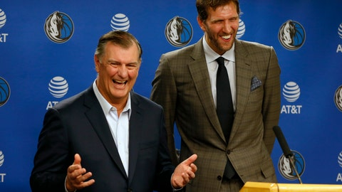 <p>               Dallas Mayor Mike Rawlings, left, and Dallas Mavericks player Dirk Nowitzki talk to the media about Nowitzki receiving the key to the city during a news conference prior to an NBA basketball game in Dallas, Wednesday, Nov. 21, 2018. (AP Photo/Michael Ainsworth)             </p>