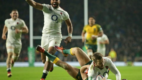 <p>               England's Elliot Daly, right, scores a try during the rugby union international between England and Australia at Twickenham in London, Saturday, Nov. 24, 2018. (AP Photo/Tim Ireland)             </p>