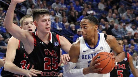 <p>               Kentucky's PJ Washington, right, looks for an opening on Virginia Military's Tyler Creammer (25) and Jake Stephens (34) during the first half of an NCAA college basketball game in Lexington, Ky., Sunday, Nov. 18, 2018. (AP Photo/James Crisp)             </p>