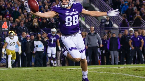 <p>               Northwestern's Bennett Skowronek (88) makes a one-handed catch during the team's NCAA college football game against Notre Dame on Saturday, Nov. 3, 2018, in Evanston, Ill. (Michael Caterina/South Bend Tribune via AP)             </p>