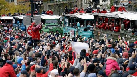 <p>               Fans cheer the Boston Red Sox passing by in duckboats during a parade to celebrate the team's World Series championship over the Los Angeles Dodgers, Wednesday, Oct. 31, 2018, in Boston. (AP Photo/Elise Amendola)             </p>