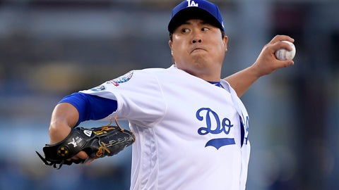 <p>               FILE - In this Thursday, Oct. 4, 2018 file photo, Los Angeles Dodgers starting pitcher Hyun-Jin Ryu throws to an Atlanta Braves batter during the first inning of Game 1 of a baseball National League Division Series in Los Angeles. Los Angeles Dodgers pitcher Hyun-Jin Ryu was the only player to accept among the seven given $17.9 million qualifying offers by their former teams on Nov. 2. Ryu accepted the offer before the Monday, Nov. 12, 2018 deadline and is considered a signed player. He is just the sixth to accept among the 80 qualifying offers made since the process began in 2012. (AP Photo/Mark J. Terrill, File)             </p>