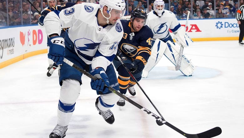 Anthony Cirelli scores, Lightning begin road trip with loss to Carter Hutton, Sabres