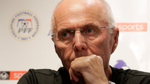 <p>               Philippines national football team's new head coach Sven-Goran Eriksson attends a press conference in metropolitan Manila, Philippines on Monday, Nov. 5, 2018. Erikkson, a former England team manager, will be the head coach for the Philippine team in the 2018 AFF Suzuki Cup later this month and the Asian Cup next year. (AP Photo/Aaron Favila)             </p>