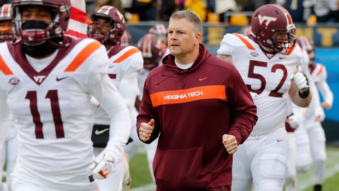 <p>               FILE - In this Saturday, Nov. 10, 2018, file photo, Virginia Tech head coach Justin Fuente, center, takes the field with his team before an NCAA college football game against Virginia Tech, in Pittsburgh. Hurricane Florence and the looming bowl season has South Carolina and Virginia Tech closing their football seasons against teams that were never on their schedule. (AP Photo/Keith Srakocic, File)             </p>