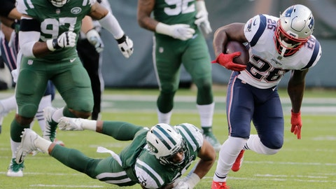 <p>               New England Patriots' Sony Michel (26) breaks a tackle by New York Jets' Frankie Luvu (50) during the second half of an NFL football game Sunday, Nov. 25, 2018, in East Rutherford, N.J. (AP Photo/Seth Wenig)             </p>
