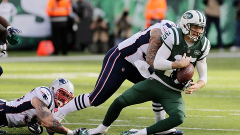 <p>               New England Patriots' Lawrence Guy, center, tackles New York Jets quarterback Josh McCown, right, during the first half of an NFL football game Sunday, Nov. 25, 2018, in East Rutherford, N.J. (AP Photo/Seth Wenig)             </p>
