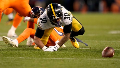 <p>               Pittsburgh Steelers running back James Conner (30) fumbles against the Denver Broncos during the second half of an NFL football game, Sunday, Nov. 25, 2018, in Denver. The Broncos recovered the ball. (AP Photo/Jack Dempsey)             </p>