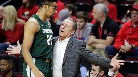 <p>               Michigan State head coach Tom Izzo, right, talks to forward Kenny Goins (25) during the first half of an NCAA college basketball game against Rutgers, Friday, Nov. 30, 2018, in Piscataway, N.J. (AP Photo/Julio Cortez)             </p>