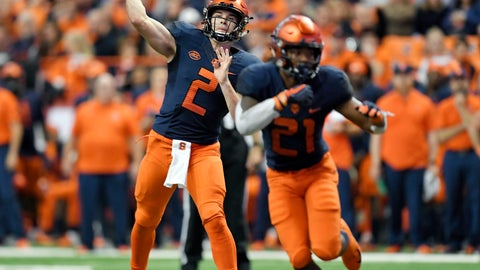 <p>               Syracuse quarterback Eric Dungey (2) throws a pass from the pocket during the second half of an NCAA college football game against Louisville in Syracuse, N.Y., Friday, Nov. 9, 2018. (AP Photo/Adrian Kraus)             </p>