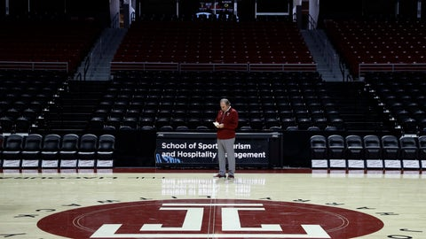 <p>               In this Friday, Nov. 2, 2018 photo, Temple head coach Fran Dunphy looks over his notes during his team's NCAA men's college basketball practice in Philadelphia. (AP Photo/Matt Slocum)             </p>