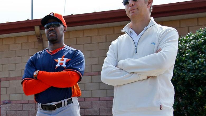 Orioles hire Elias from Astros as executive VP, GM