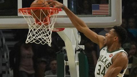 <p>               Milwaukee Bucks' Giannis Antetokounmpo dunks during the first half of an NBA basketball game against the Sacramento Kings Sunday, Nov. 4, 2018, in Milwaukee. (AP Photo/Morry Gash)             </p>