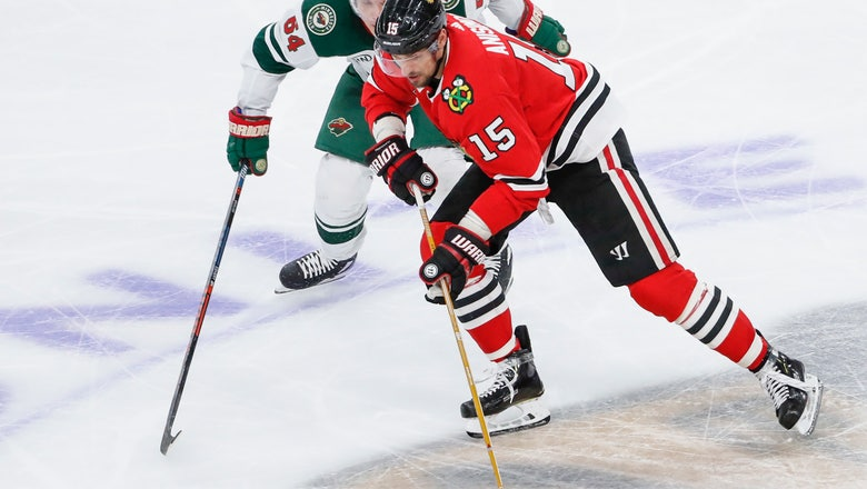 Blackhawks build early lead, beat Wild 3-1