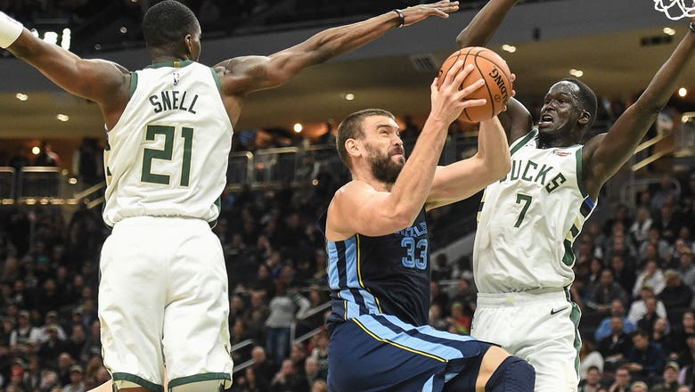Marc Gasol, Mike Conley combine for 55 points in Grizzlies' win over Bucks