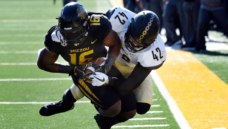 Mizzou clinches bowl eligibility with 33-28 win over Vanderbilt