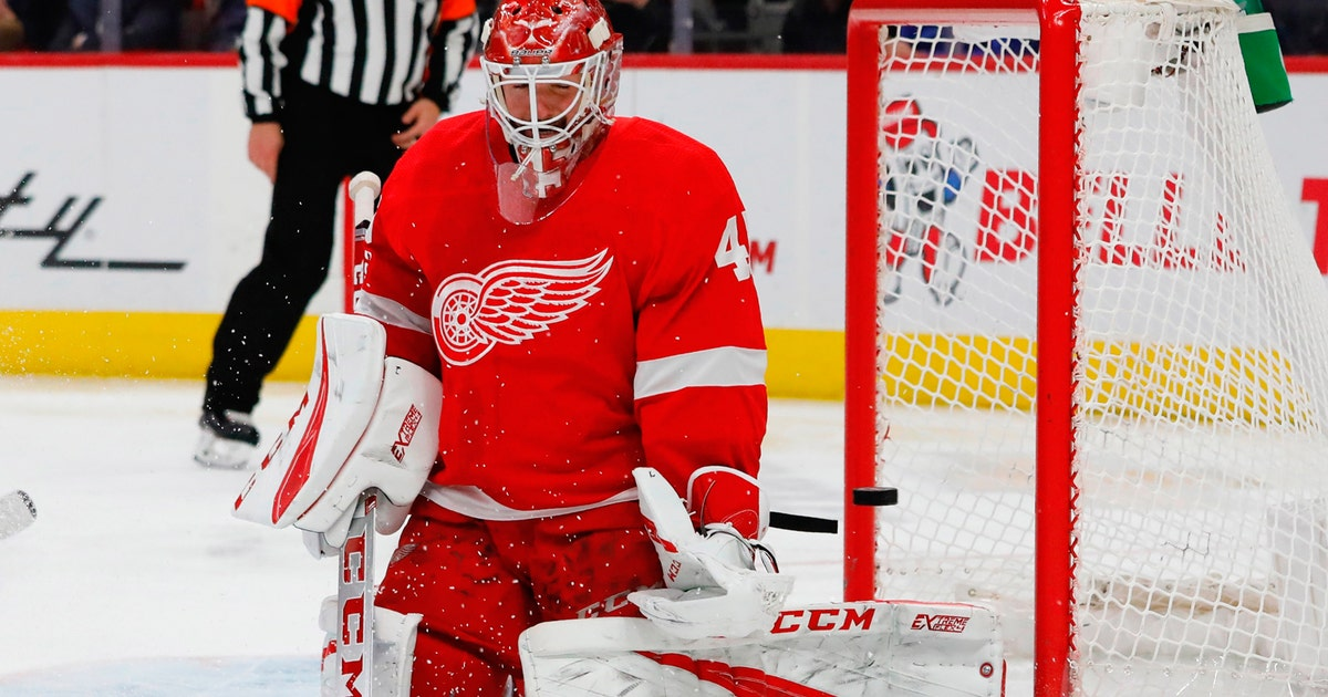 Slow Start Dooms Red Wings In 7 5 Loss To Blue Jackets