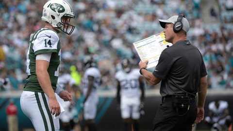 """<p>               FILE - In this Sept. 30, 2018, file photo, New York Jets quarterback Sam Darnold (14) talks with offensive coordinator Jeremy Bates during the first half of the team's NFL football game against the Jacksonville Jaguars on in Jacksonville, Fla. Bates knows what the  Jets are doing on offense just isn't cutting it. The offensive coordinator has heard all about it, taking his fair share of criticism from fans and media the past several weeks. """"This profession is about grinding,"""" Bates said Thursday, Dec. 6. """"You've got to move to the next week. You can't look at last week and lose sleep on it. You've got to turn the page."""" (AP Photo/Phelan M. Ebenhack, File)             </p>"""