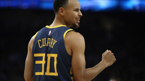 <p>               Golden State Warriors' Stephen Curry celebrates a score against the Memphis Grizzlies during the first half of an NBA basketball game Monday, Dec. 17, 2018, in Oakland, Calif. (AP Photo/Ben Margot)             </p>