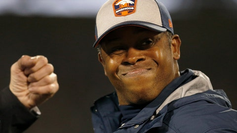 <p>               Denver Broncos head coach Vance Joseph reacts while talking to an official during the second half of an NFL football game between the Oakland Raiders and the Broncos in Oakland, Calif., Monday, Dec. 24, 2018. (AP Photo/D. Ross Cameron)             </p>