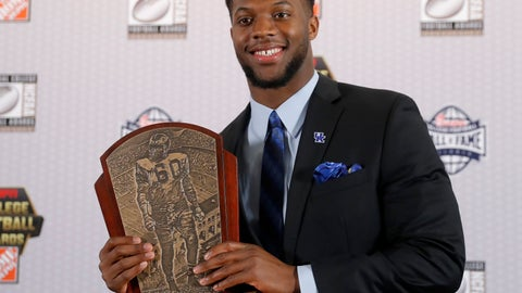 <p>               Kentucky's Josh Allen poses with the trophy after winning the Chuck Bednarik Award as college football's top defensive player of the year, Thursday, Dec. 6, 2018, in Atlanta. (AP Photo/John Bazemore)             </p>