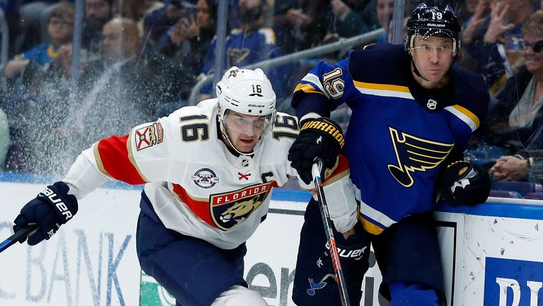 Panthers allow 4 goals in 3rd period, fall in disappointing fashion to Blues