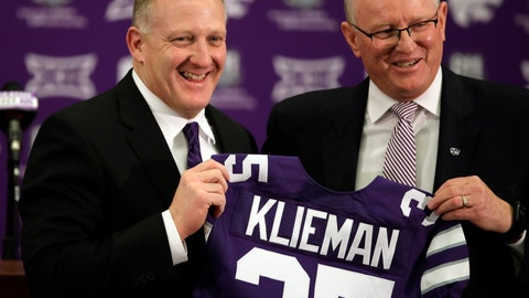 <p>               Chris Klieman, left, is introduced as the 35th Kansas State NCAA college football head coach by athletic director Gene Taylor, right, in Manhattan, Kan., Wednesday, Dec. 12, 2018. (AP Photo/Orlin Wagner)             </p>