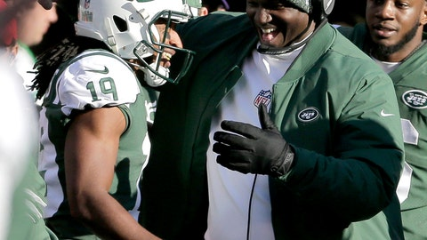 <p>               New York Jets' Andre Roberts, left, is congratulated by head coach Todd Bowles after returning a Green Bay Packers kickoff for a touchdown during the first half of an NFL football game, Sunday, Dec. 23, 2018, in East Rutherford, N.J. (AP Photo/Seth Wenig)             </p>