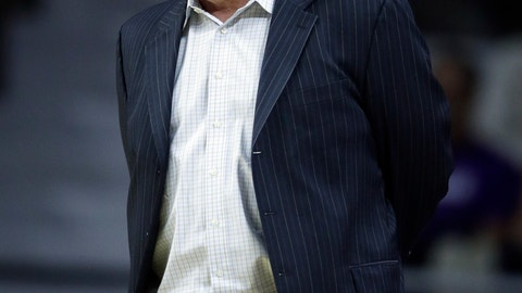 <p>               Southern Mississippi head coach Doc Sadler watches his team during the first half of an NCAA college basketball game against Kansas State in Manhattan, Kan., Wednesday, Dec. 19, 2018. (AP Photo/Orlin Wagner)             </p>