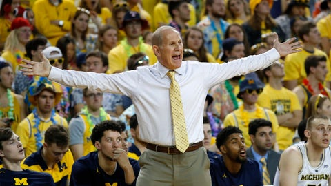 <p>               Michigan head coach John Beilein argues a call in the first half of an NCAA college basketball game against South Carolina in Ann Arbor, Mich., Saturday, Dec. 8, 2018. (AP Photo/Paul Sancya)             </p>