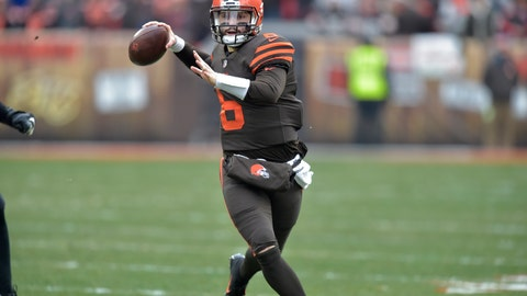 <p>               File-This Dec. 23, 2018, file photo shows  Cleveland Browns quarterback Baker Mayfield (6) scrambling in the second quarter an NFL football game against the Cincinnati Bengals, in Cleveland.  Mayfield's reaping rewards for his stellar rookie season. Cleveland's cocky and charismatic quarterback was voted winner of the Joe Thomas Award,  player of the year, on Wednesday by the local chapter of the Pro Football Writers of America. In addition, Mayfield, whose play has sparked the biggest one-season turnaround in club history, was named AFC Offensive Player of the Week after he throwing three touchdown passes in a win over Cincinnati. (AP Photo/David Richard, File)             </p>