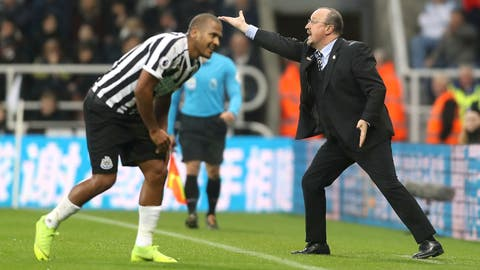 <p>               Newcastle United manager Rafael Benitez, right, instructing his players during the English Premier League soccer match between Newcastle United and West Ham United at St James Park stadium, Newcastle, England. Saturday Dec. 1, 2018. (Owen Humphreys/PA via AP)             </p>