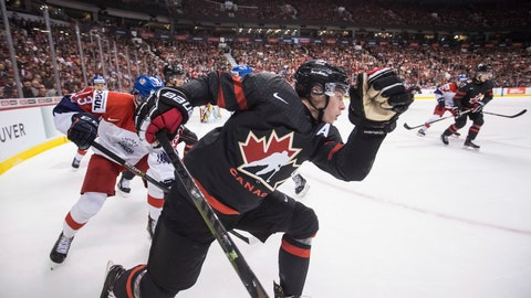 <p>               Canada's Jaret Anderson-Dolan, front, and Czech Republic's Jan Hladonik, back left, skate after the puck during first-period IIHF world junior hockey championship game action in Vancouver, British Columbia, Saturday, Dec. 29, 2018. (Darryl Dyck/The Canadian Press via AP)             </p>