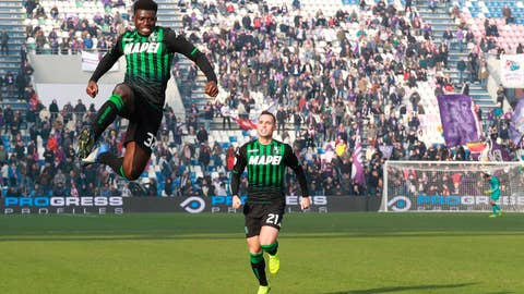 <p>               Sassuolo's Alfred Duncan jumps in celebration next to his teammate Pol Lirola after scoring during a Serie A soccer match between Sassuolo and Fiorentina at the Mapei stadium in Reggio Emilia, Italy, Sunday, Dec. 9, 2018. (Serena Campanini/ANSA via AP)             </p>