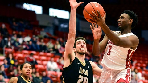 <p>               Washington State forward Robert Franks (3) attempts a shot as Idaho forward Jared Rodriguez (20) defends during the second half of an NCAA college basketball game, Wednesday, Dec. 5, 2018, in Pullman, Wash. (Pete Caster/Lewiston Tribune via AP)             </p>