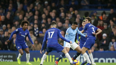 <p>               Manchester City's Gabriel Jesus, second right, goes for the ball last Chelsea's Marcos Alonso, right, Chelsea's Mateo Kovacic, second left, during the English Premier League soccer match between Chelsea and Manchester City at Stamford Bridge in London, Saturday Dec. 8, 2018. (AP Photo/Tim Ireland)             </p>