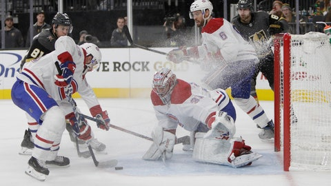 <p>               Montreal Canadiens goaltender Carey Price (31) makes a save during the second period of an NHL hockey game against the Vegas Golden Knights, Saturday, Dec. 22, 2018, in Las Vegas. (AP Photo/Joe Buglewicz)             </p>