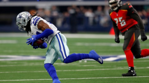 <p>               Dallas Cowboys linebacker Jaylon Smith (54) recovers a Tampa Bay Buccaneers fumble and returns it for a touchdown as offensive tackle Donovan Smith (76) gives chase in the first half of an NFL football game in Arlington, Texas, Sunday, Dec. 23, 2018. (AP Photo/Roger Steinman)             </p>
