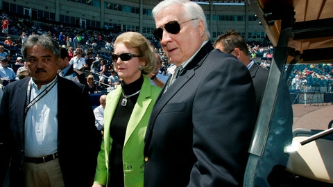 <p>               FILE - In this March 27, 2008, file photo, Joan Steinbrenner and her husband, New York Yankees principal owner George Steinbrenner, arrive for a pre-game ceremony renaming Legends Field as George M. Steinbrenner Field, in Tampa, Fla. Joan Steinbrenner, the widow of late New York Yankees owner George Steinbrenner, passed away Friday, Dec. 14, 2018 at her home in Tampa, Fla. She was 83. (AP Photo/Kathy Willens, File)             </p>